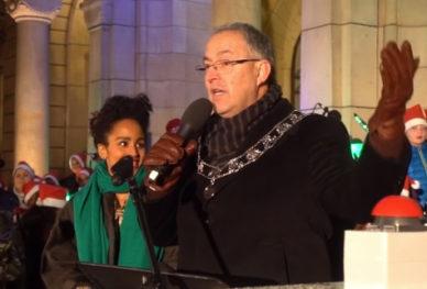 Ontsteking kerstboom burgemeester Aboutaleb